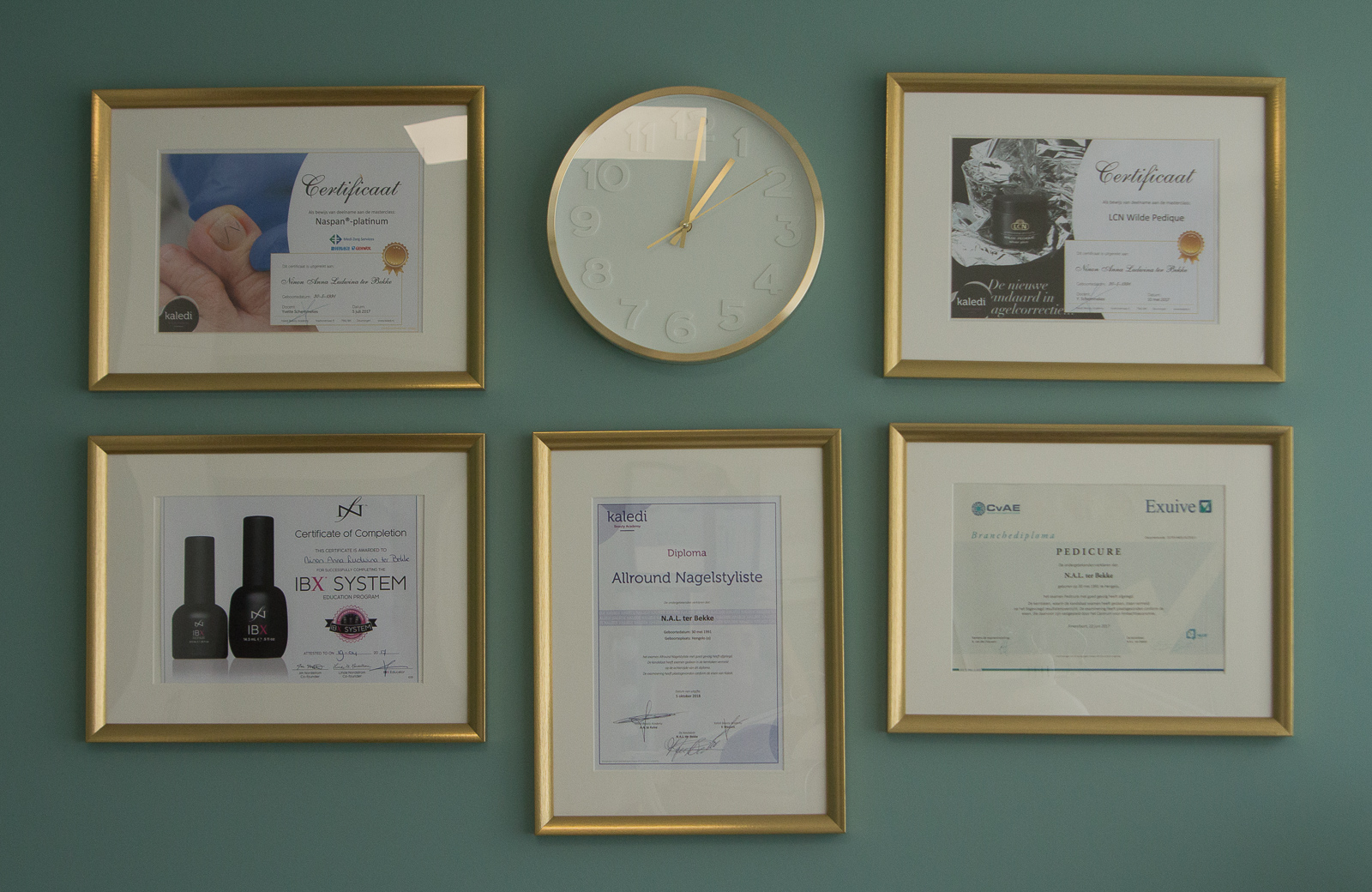 About Ninon - diplomas and certifications