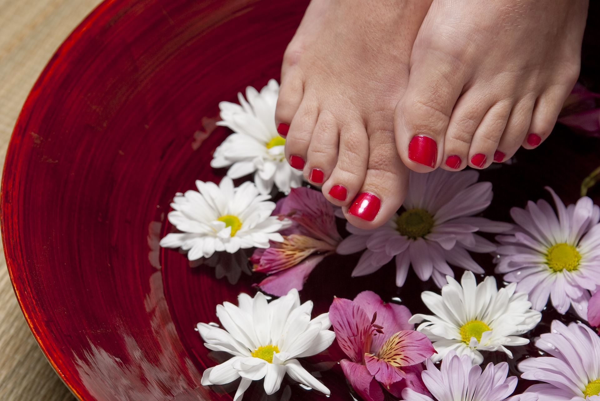 Foot care with water in a bowl